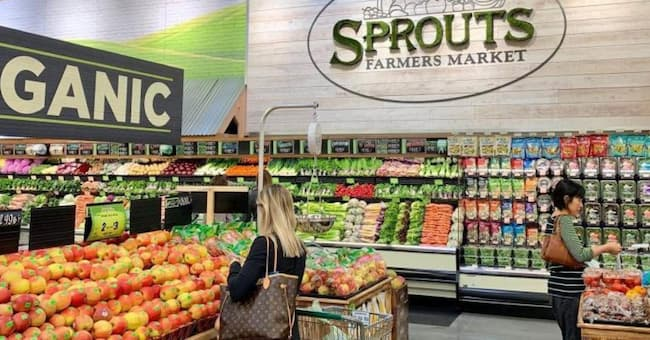 sprouts thanksgiving hours