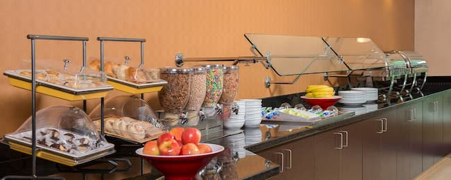 residence inn breakfast buffet hours